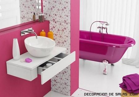 Ba os en color rosa - Banos con paredes pintadas ...