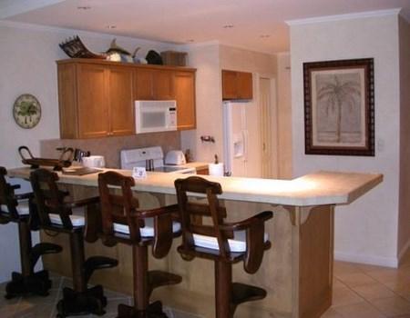 Tips para elegir la barra de la cocina for Cocinas integrales modernas con barra