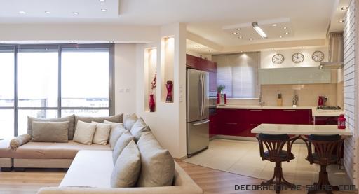 decoracao interiores ambientes pequenos : decoracao interiores ambientes pequenos:La cocina puede marcarse con una barra y unos taburetes altos