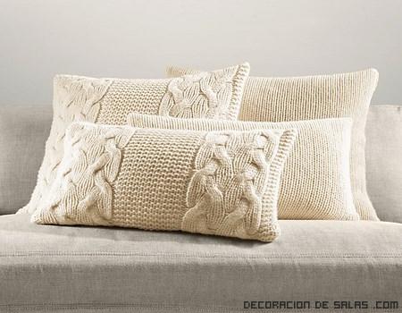 Cojin tejido con lana cosas que adoro pinterest - Manualidades decorativas para el hogar ...