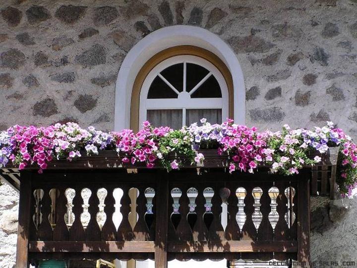 Ideas para decorar un balc n - Macetas para balcones ...