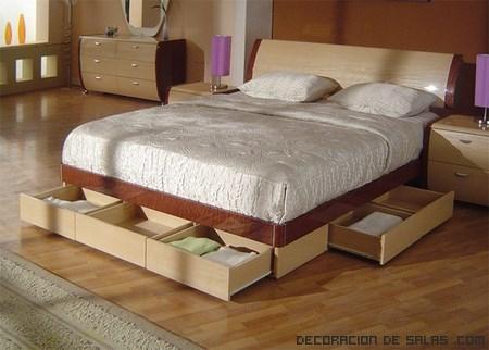 Camas con cajones otra idea para organizar for Dormitorios funcionales