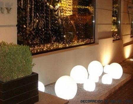 Ideas para iluminar tu jardín