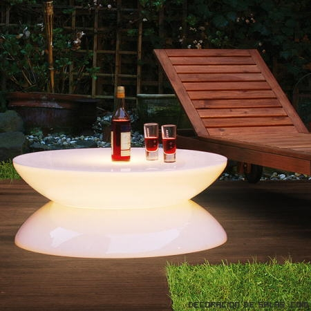 mesas con luces LED