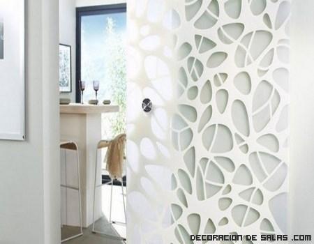 Puertas con diseños geométricos