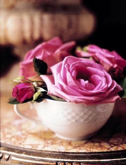tazas en rosa para decoración