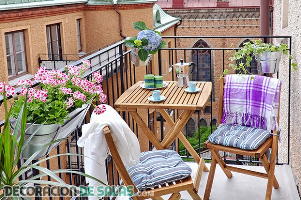 Balcones decorados, ¡inspírate con estas ideas!