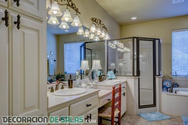 Ejemplos de baños modernos y elegantes
