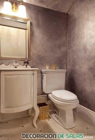 baño con pintura metalizada