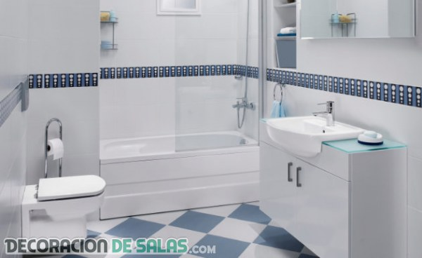 Cocinas y ba os reformados con azulejos pintados - Banos azulejos pintados ...