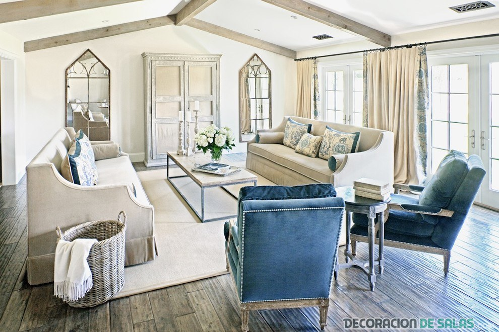 El sof azul para un sal n m s luminoso - Butacas para salon ...