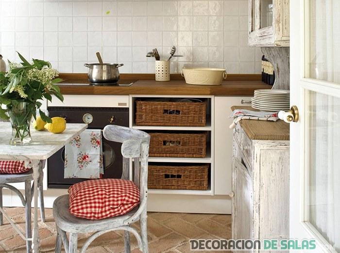 Ideas para la decoraci n con mimbre - Cajoneras de cocina ...
