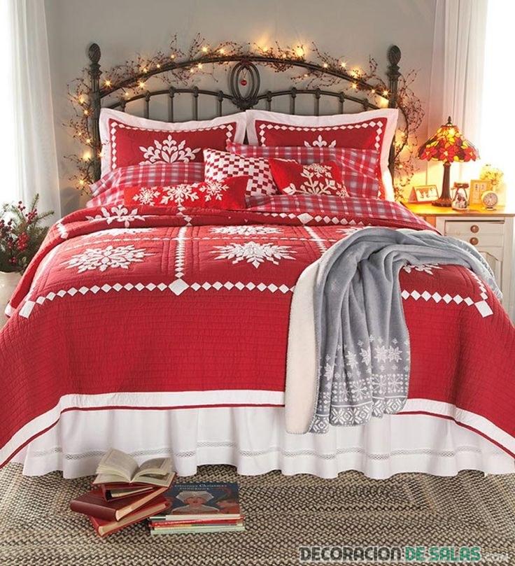 cama con ropa navideña y luces
