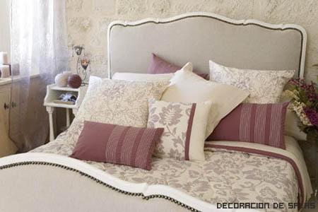 Diseo de cojines para cama cabecero cama lamparas cojines - Decorar cama con cojines ...