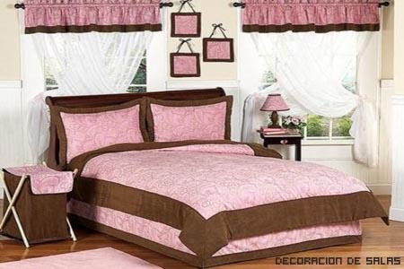 Combina rosa y chocolate
