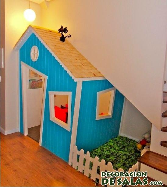 Aprovecha el bajo de la escalera para una decoraci n infantil for Decoracion debajo escaleras