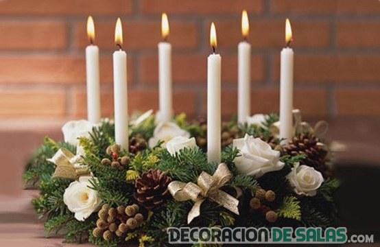 Centros de mesa para navidad for Centros navidenos con velas