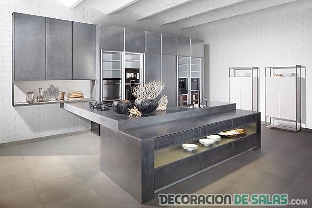 cocina amplia en color gris