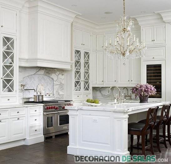 Cocinas En Color Blanco Amplias Y Luminosas