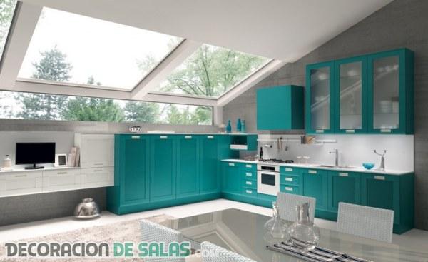 Interiores decorados en color turquesa