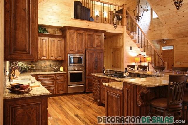 5 cocinas r sticas para una decoraci n muy c lida for Suelos de madera para cocinas