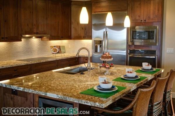 5 cocinas lujosas y de estilo clásico en madera
