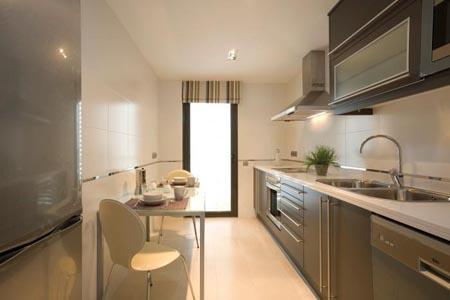 Cocina de espacio reducido - Cocinas pequenas con mesa ...
