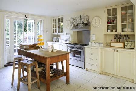 cocina vintage luminosa