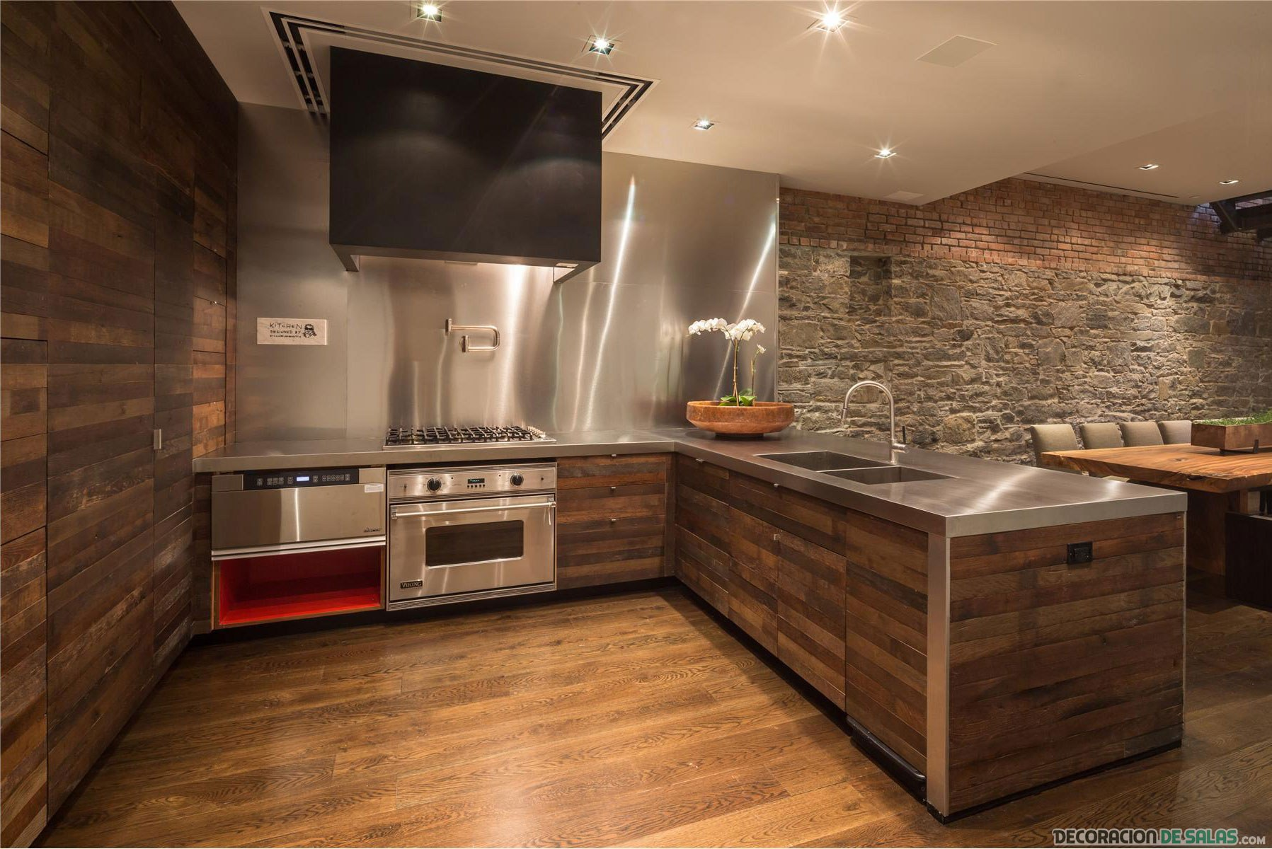 Cocinas modernas con paredes de ladrillos