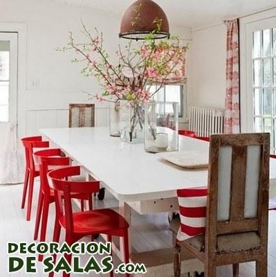 Tres comedores en blanco y rojo for Comedores modernos color blanco