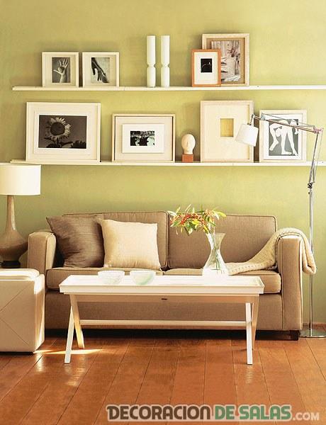 Ideas para decorar con cuadros pero sin colgarlos - Como colocar cuadros en un salon ...