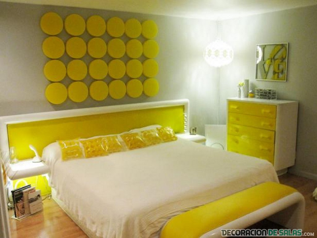 dormitorio amarillo muy claro