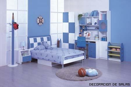 Dormitorio relajante azul claro for Colores relajantes para dormitorio