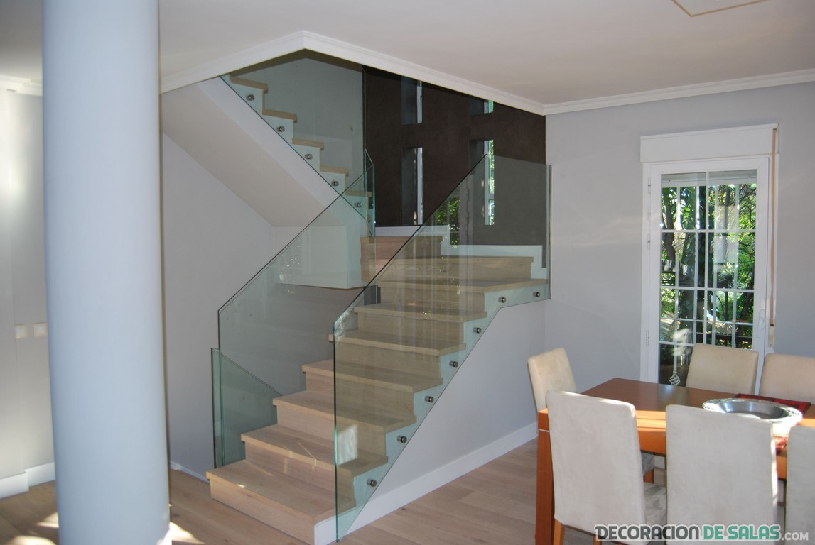 Escaleras De Cristal Para La Decoraci N De Interiores ~ Como Decorar La Pared De Una Escalera