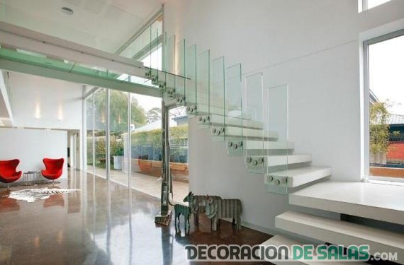 escaleras de cristal para decorar