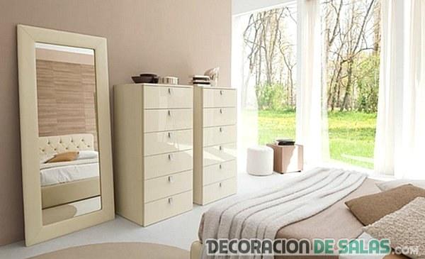 Espejos para decorar tu dormitorio for Espejos grandes de pie