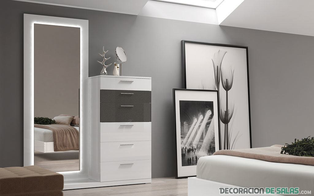 Espejos para decorar tu dormitorio for Como decorar un espejo para la sala