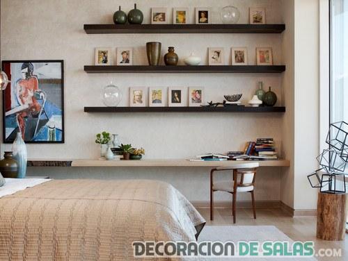 estantes en el dormitorio