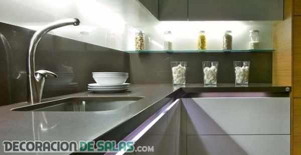 Los mejores materiales para tu frente de cocina - Materiales para encimeras cocina ...