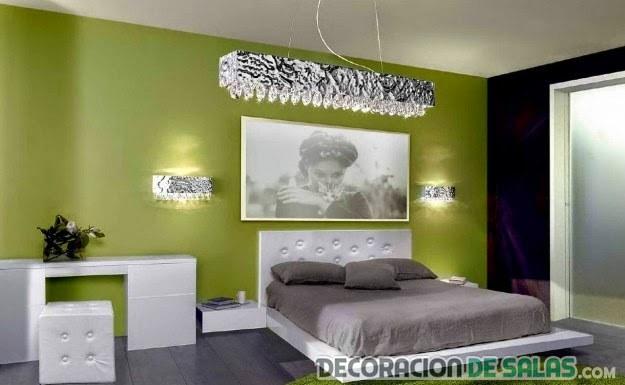 habitación elegante de matrimonio en verde
