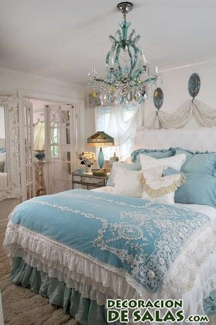 habitación elegante en blanco y azul