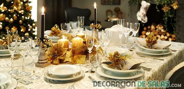 mesa de navidad en color dorado