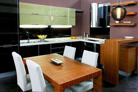 pared cocina morada