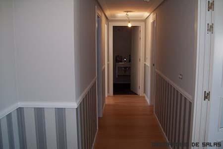 Trucos para un pasillo estrecho for Colores de moda para pintar pasillos