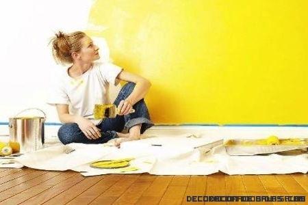 Pintura sobre papel pintado