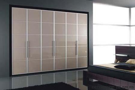 Tipos de puertas para los armarios for Armarios puertas abatibles