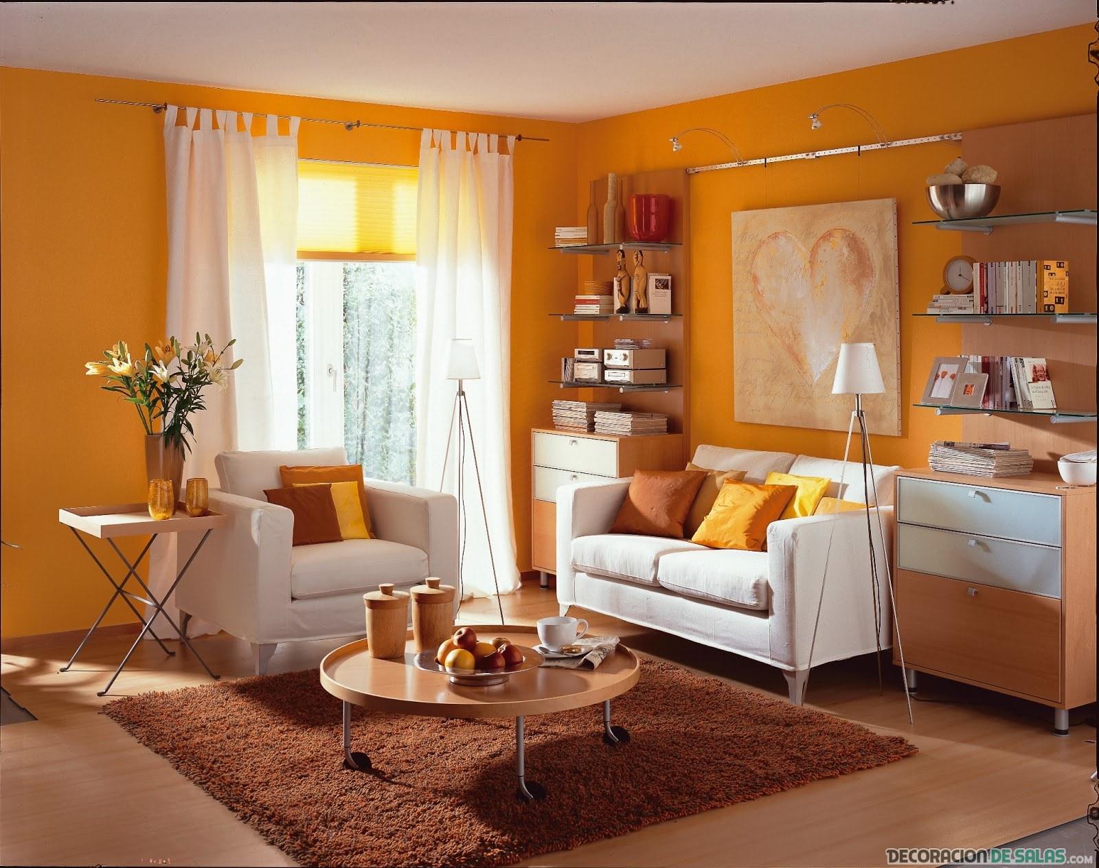 Las salas m s vistosas le dan la bienvenida al naranja - Pared naranja combina con ...