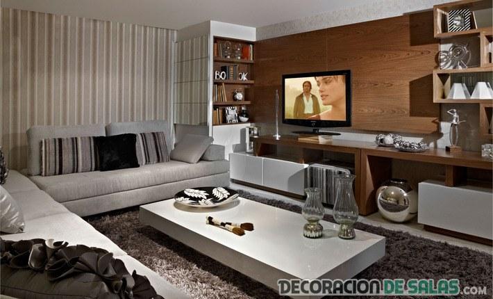 sala pequeña con muebles en blanco