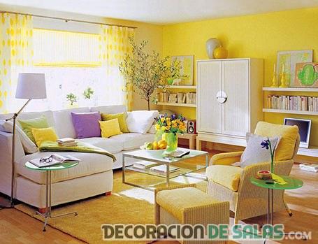 salón a todo color en amarillo