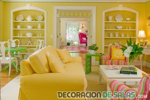 salon amarillo rosa y verde